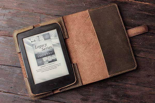 The Handmade Kindle Leather Case