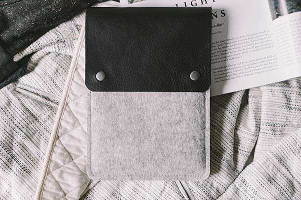 Handmade Leather Kindle Case for Voyage and Paperwhite