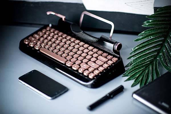 Rymek Retro Bluetooth Mechanical Keyboard