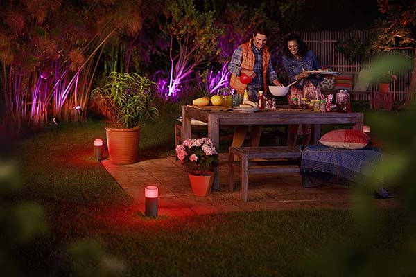 Philips Hue Calla Outdoor Smart Pathway Light Supports Alexa, HomeKit and Google Assistant