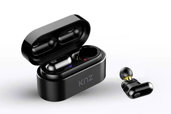 SoundFlux True Wireless Bluetooth Earbuds Powered by Dual Drivers