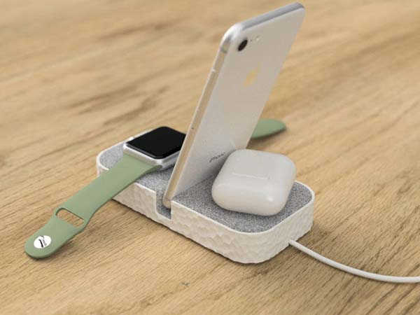 The 3D Printed iPhone Dock with Apple Watch Holder
