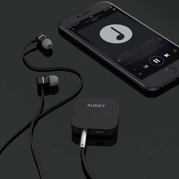 Aukey BR-C19 Bluetooth Audio Transmitter and Receiver