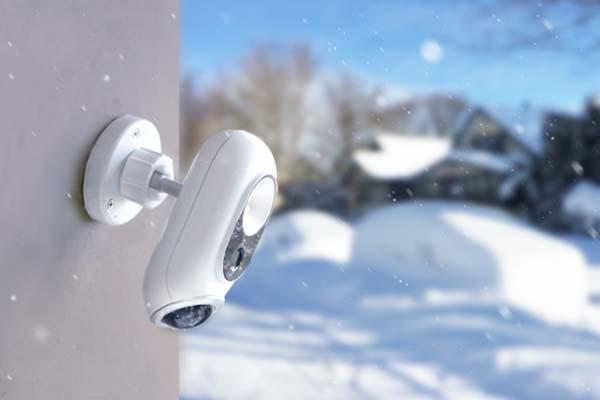 SENS8 Light Cam Smart Outdoor Security Camera