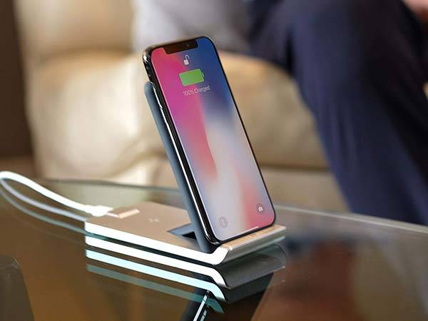 TYLT Fold Foldable 10W Wireless Charging Stand