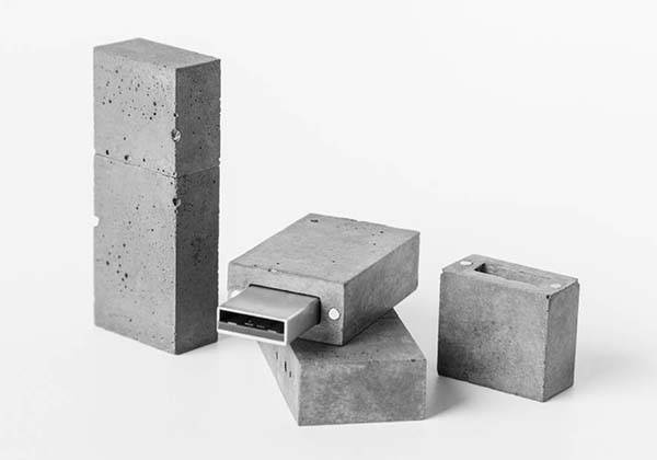 Handmade Personalized Concrete USB Flash Drive