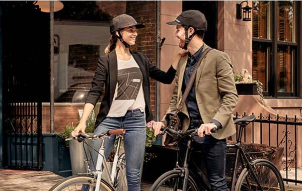 Park & Diamond Collapsible Bike Helmet Looks Like a Baseball Cap