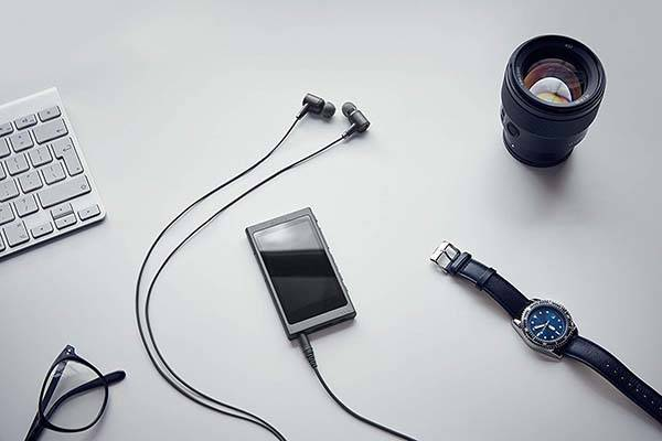 Sony NW-A45/B Walkman Lets You Enjoy Hi-Res Audio