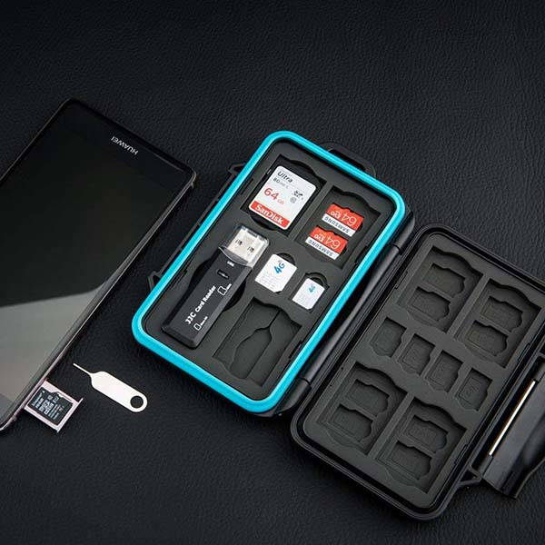 JJC Water-Resistant Memory Card Case with USB 3.0 Card Reader