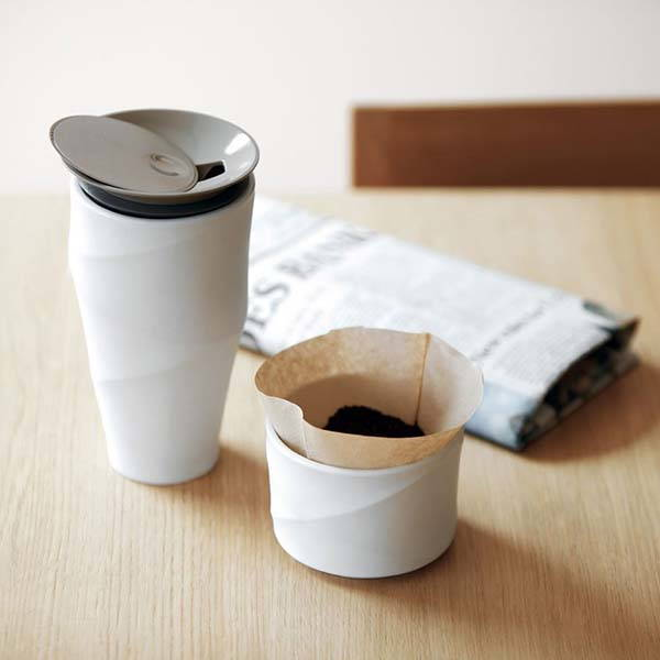 Wave Commuter Porcelain Mug with a Coffee Dripper