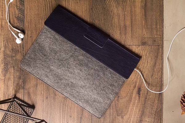 Alto Handmade iPad Pro Leather Sleeve with Apple Pencil Holder