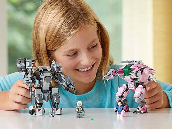 LEGO Overwatch D.Va and Reinhardt Building Kit