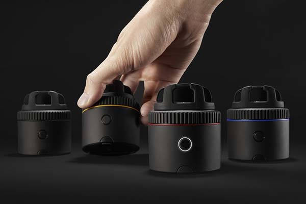 Pivo Smartphone Camera Stand Delivers Smart Mobile Photography