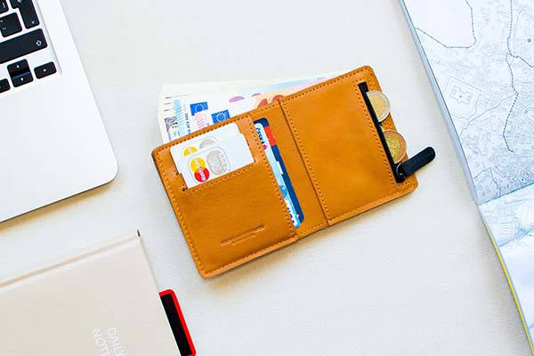 The GATE Handmade Customizable Slim Leather Wallet