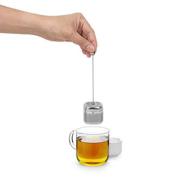 Umbra Cutea Metal Tea Infuser with Ceramic Saucer