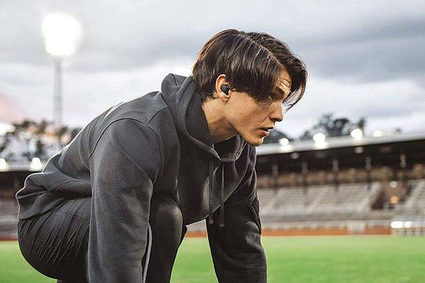 Jays m-Six Wireless Bluetooth Sports Earbuds
