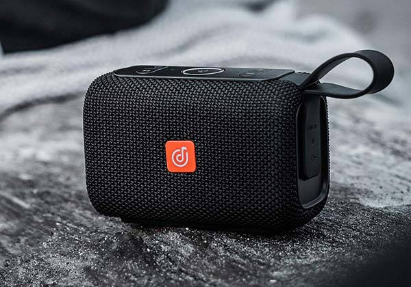 DOSS E-go Portable Smart Wireless Speaker with Alexa