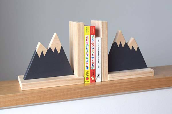 Handmade Mountain Peak Wooden Bookends
