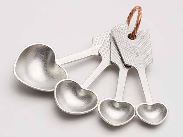 Beehive Handmade Quotes Heart-Shaped Measuring Spoon Set