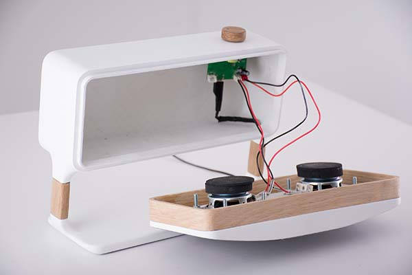 Enceinte Handmade Scandinavian Bluetooth Speaker