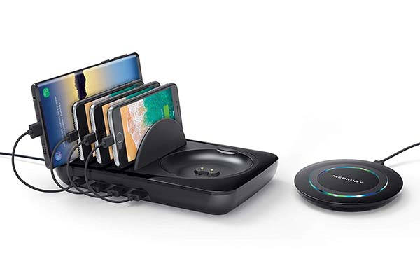 Merkury Innovations Charging Station with a Removable Wireless Charging Pad