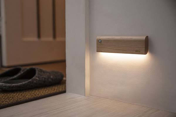 ZIISTLE Dot & Line Auto-Sensor Motion Night Light