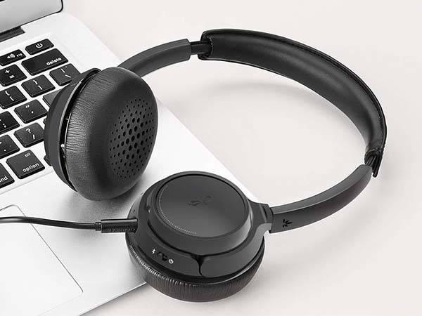 Avantree AH6B Bluetooth Wireless Headphones with Detachable Microphone