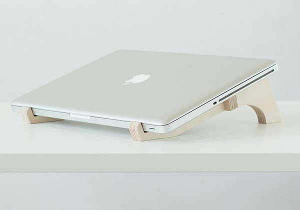 DEBEAM Handmade Table Top Wooden Laptop Stand