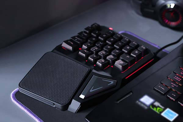 Delux T9 Pro One Handed Gaming Keyboard with Palm Rest