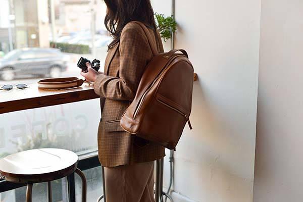 Mojave Handmade Woman Leather Backpack