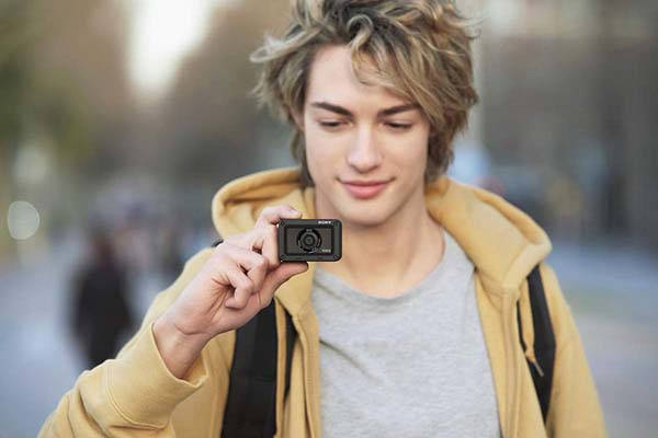 Sony RX0 II Mini Action Camera with 180-Degree Tiltable LCD Screen