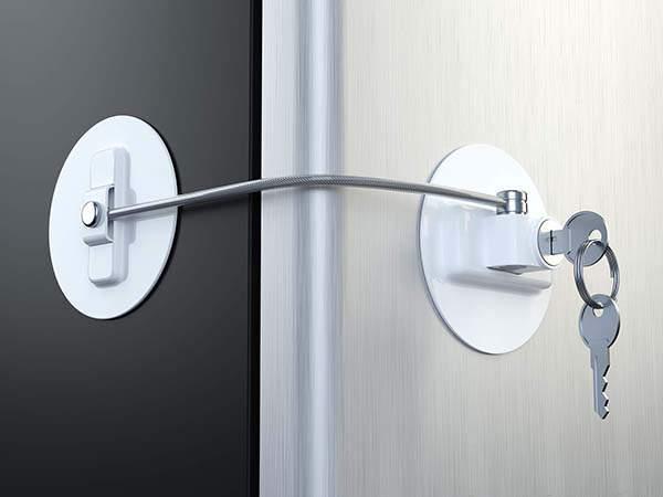 MUIN Refrigerator Door Lock with 2 Keys