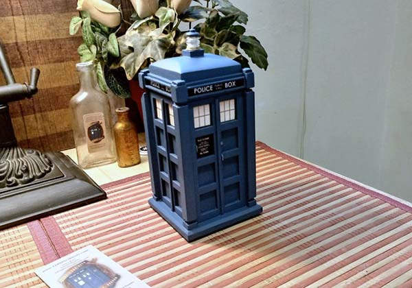 Handmade Doctor Who Tardis Wooden Ring Box