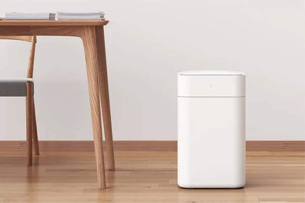 Townew Self-Cleaning,Self-Changing Smart Trash Can