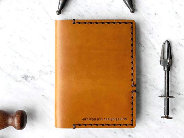 W&F Handmade Personalized Leather Passport Cover