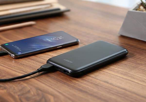 Aukey Power Delivery USB-C Power Bank with QC 3.0
