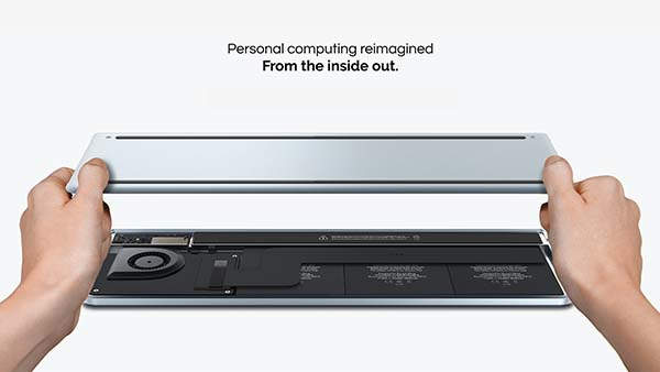 Aura Ultraportable Laptop with Retinal Projector