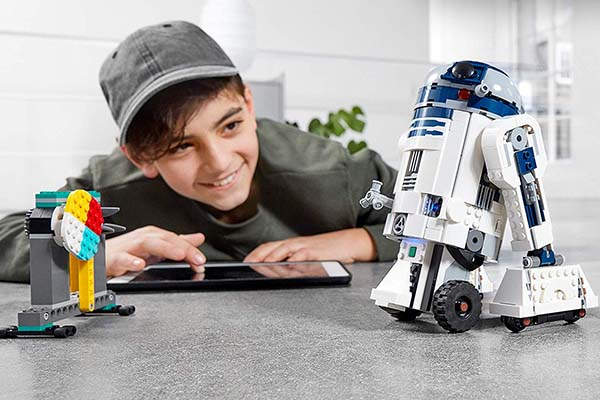 LEGO Star Wars Boost Droid Commander Coding Set | Gadgetsin