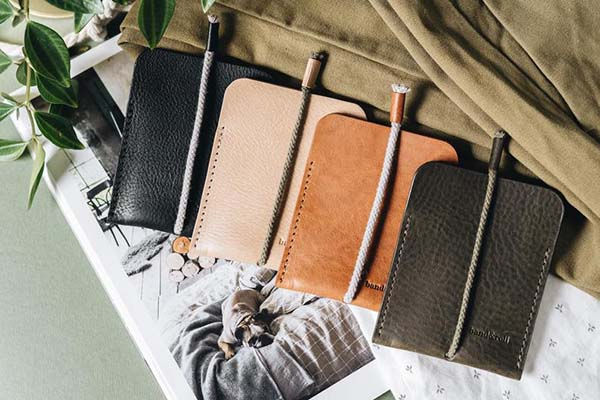 LESS Handmade Leather Card Wallet