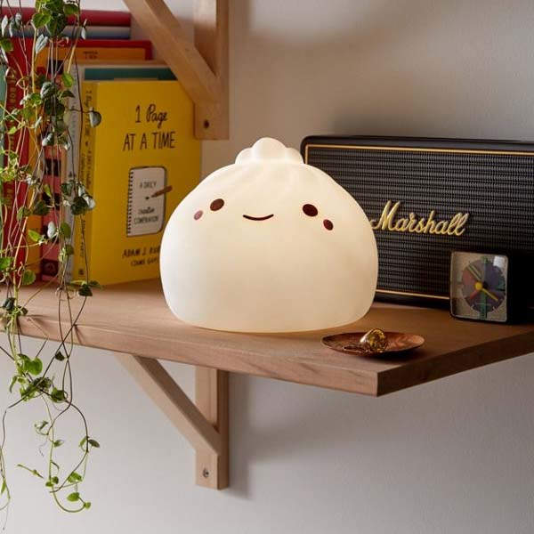 Smoko Giant Dumpling LED Mood Light