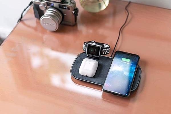 Mophie 3-In-1 Wireless Charging Station for iPhone, AirPods and Apple Watch