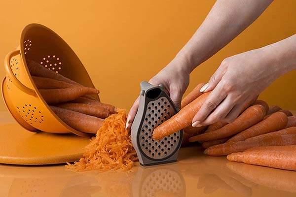 OTOTO Barry Stainless Steel Grater