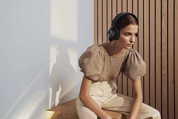 Bang & Olufsen Beoplay H4 2nd Generation Bluetooth Wireless Headphones