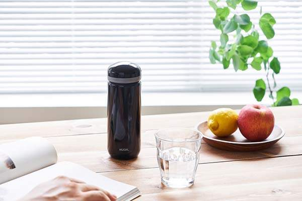 Pebble Water Bottle Doubles as Loose Leaf Tea and Cold Coffee Maker