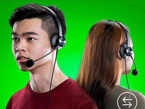 Razer Tetra Streaming Headset with Bendable Cardioid Microphone