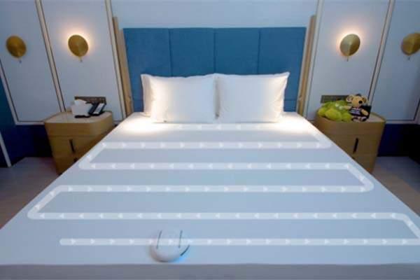 Rockubot UVC & Ultrasonic Sterilizing Bed Cleaner