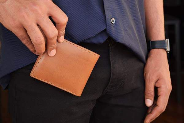 The Handmade Personalized Leather Bifold Wallet