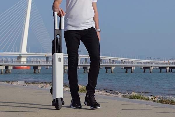 Mantour X Foldable Self-Balancing eScooter
