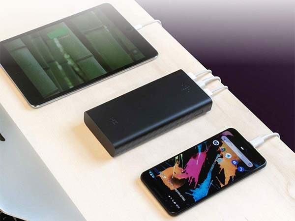 ZMI PowerPack Aura Portable Power Bank with 27W Power Delivery