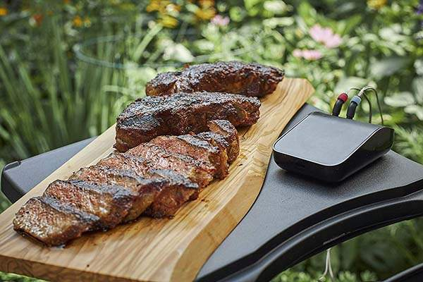 Weber 3201 Connect Smart Grilling Hub Turns Any Grill into Smart Grill